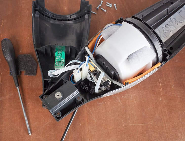 How To Assemble Vacuum Cleaners