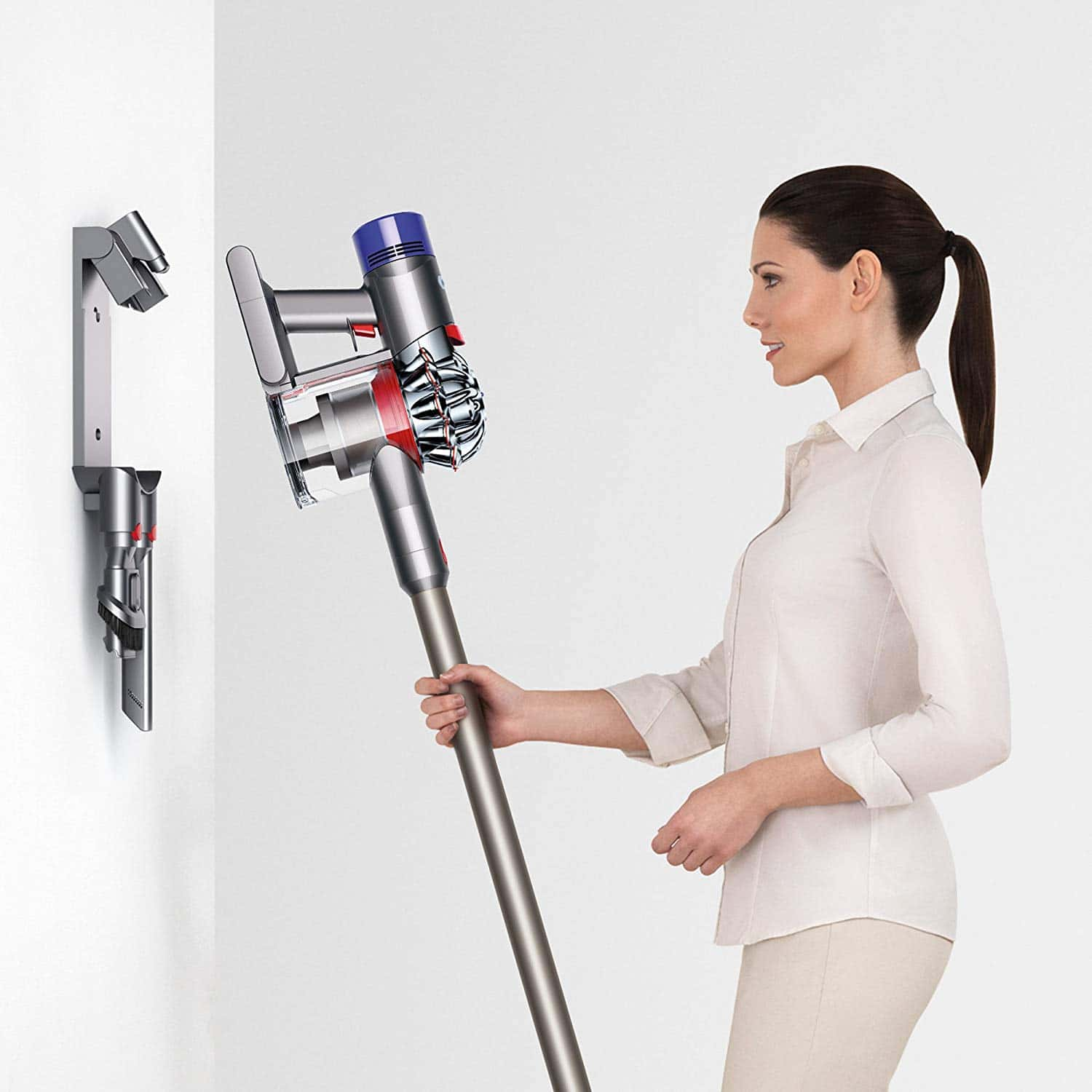 picture of hanging Dyson V7 on the wall